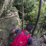 On descend les rochers